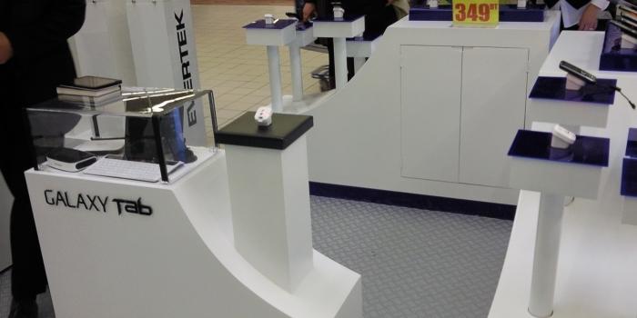 Stand Galaxy Tab à Carrefour