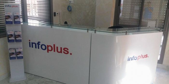 Comptoir d'accueil en MDF peinture acrylique INFOPLUS